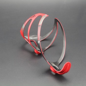 Флягодержатель карбоновый Queshark red
